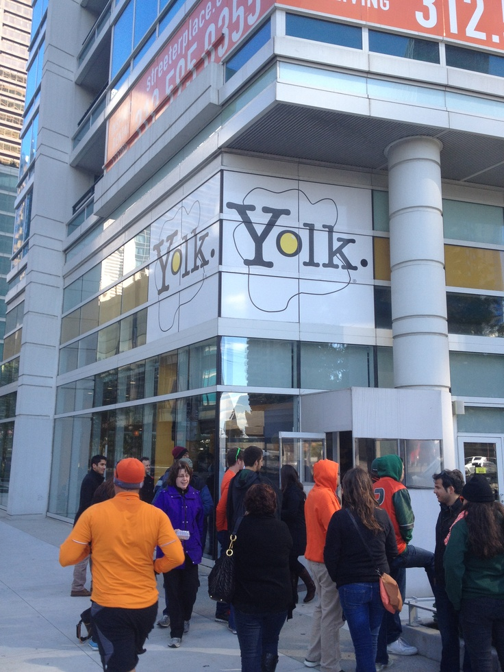 Yolk Chicago, Great place to eat