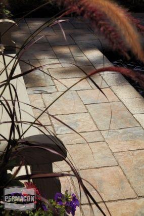 Pools / Spa, Sidewalks / Accesses