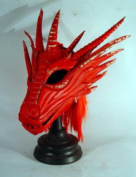 Bob Basset's Lair – Red dragon mask with mane. Маска Красный Дракон с гривой.