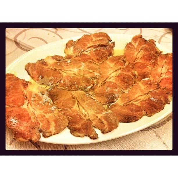Cabezada de cerdo, unos de los platos más comentados entre los asistentes. FUENTE: PASEAN2 > Facebook https://www.facebook.com/pages/Pasean2/139571432779012 - Twitter https://twitter.com/pasean2 - Web http://pasean2.com/