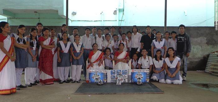 Vive Les Robots! case study: LEGO Mindstorms School Tour in India (2012): http://www.vivelesrobots-education.dk/english