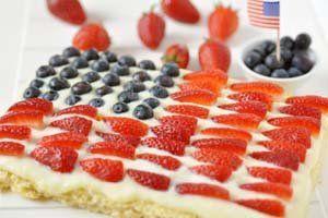 Flag Gluten Free Rice Krispie Treats - http://glutenfreerecipebox.com ...