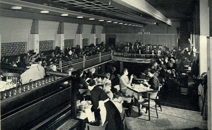 1950. A look inside lunchroom Heck (upstairs) on the Rembrandplein in Amsterdam. #amsterdam #1950