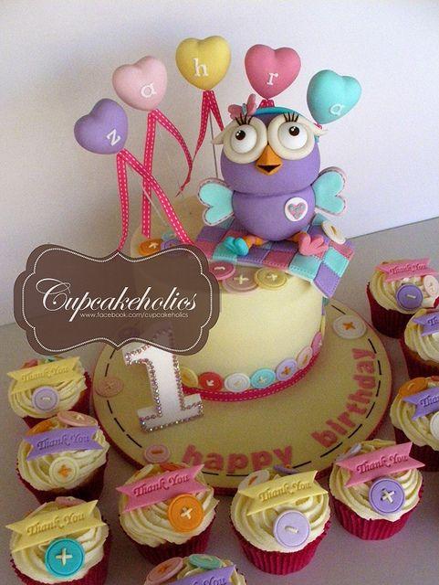 Hootabelle Cake by Cupcakeholics, via Flickr