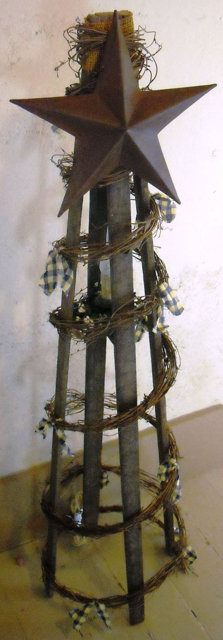 Primitive christmas ideas to make - Tobacco Lath Tree And Look Up Other Wood Lath Projects Find This Pin And More On Crafts Christmas Primitive