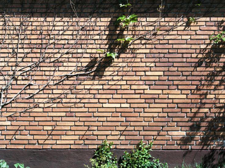 Solna_Brick_wall_4-skifts_munkforband.jpg 2,560×1,920 pixels