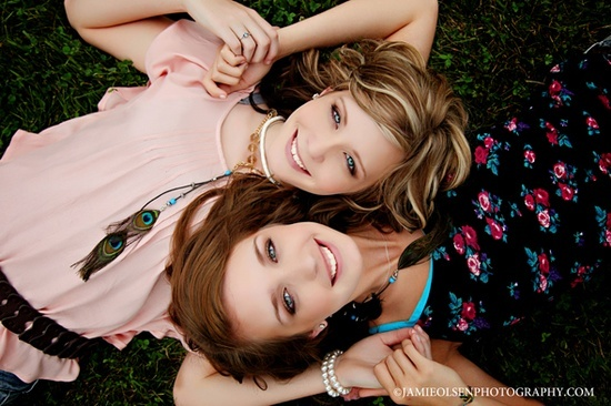 Best Friend Photo Shoot Ideas | Sr. Girls & Best friend Photo shoot ideas / seniors