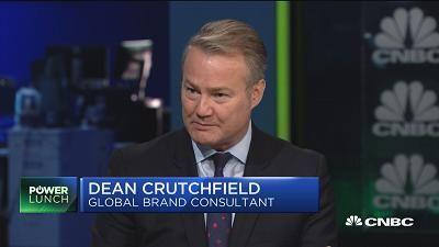 Brand expert on Walmart bonuses and Sam's Club closures: ...