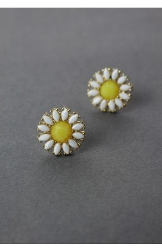 Cheerful Daisy Beads Stud Earrings - Accessory - Retro, Indie and Unique Fashion