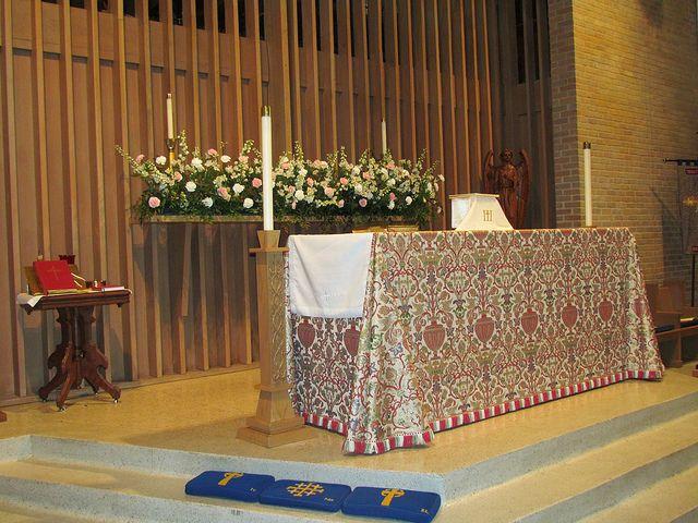 Altar Flowers by trinitybatonrouge