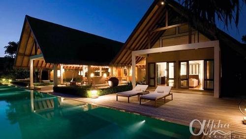 two-bedroom-royal-beach-villa    Four Seasons Landaa Giraavaru Resort & Spa by Alpha Maldives - Maldives Luxury Resorts  https://www.alphamaldives.com/resort/four-seasons-landaa-giraavaru_24_home_0.html