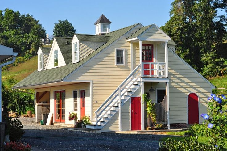 Best Enclosed Exterior Stairs Shed Traditional With Detached 400 x 300
