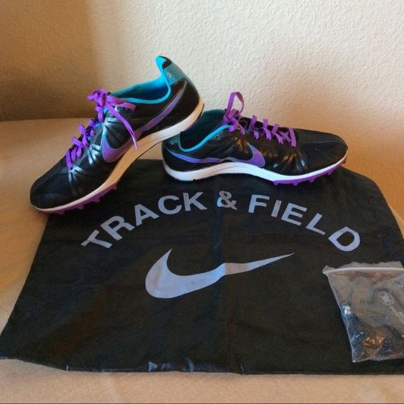 Final price drop Nike 8 Shoes NWOT Nike 8 Zoom Rival track and field shoes.