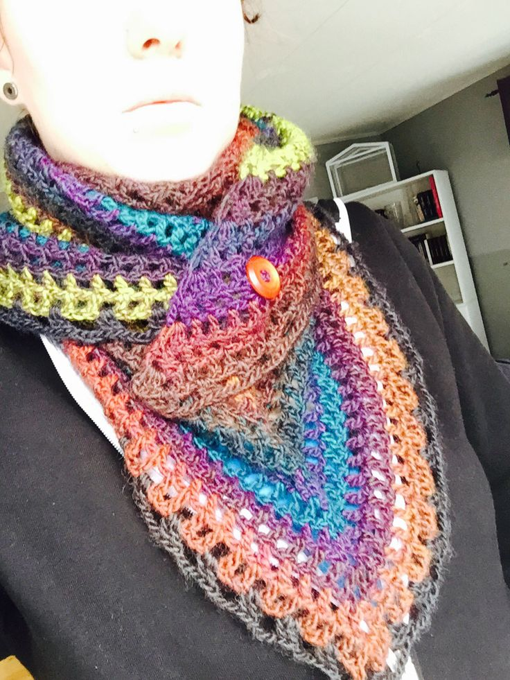 Scarf with a button. Crochet