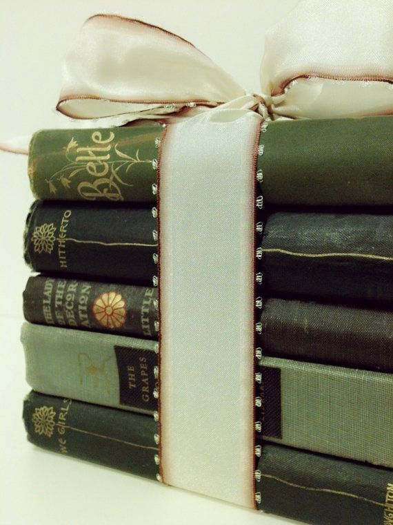 Centerpiece,Table Setting,Bridal Shower,1800s,Gift,French Country Home,Wedding,Antique Books,Collection,Green Books