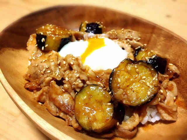 cafe風。豚と茄子のピリ味噌丼♪の画像