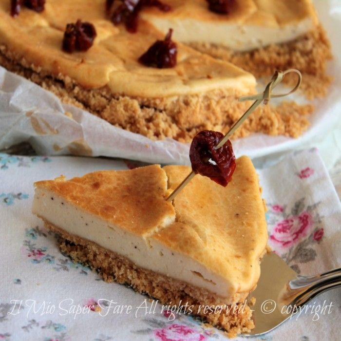 Cheesecake salato alla ricotta e pomodorini secchi con due diverse consistenze che conquistano.Semplice,sfizioso vi stupirà. Per brunch, aperitivi informali