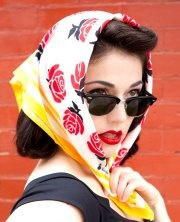 86 Best Headscarves A Timeless Fashion Accessory Images On Pinterest Head Scarfs Hats And Headscarves