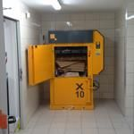 Bramidan X10 Heavy Duty baler being used in Commercial Kitchens