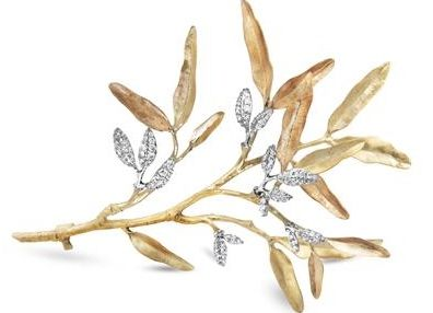"""Des créations poétiques pour la dernière collection de la maison Ole Lynggard Copenhagen, """"Leaves"""", inspirée des forêts scandinaves. Entre feuilles d'or et feuilles de diamants c'est une promenade ..."""