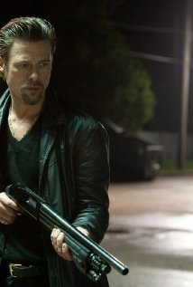 In Killing Them Softly, the Mob's poker game is knocked off by petty thieves, so they call in their best enforcer (Brad Pitt) to make things right. His assignment is complicated by those he comes up against along the way. Director Andrew Dominik teamed with Greig Fraser, ACS on this crime thriller.