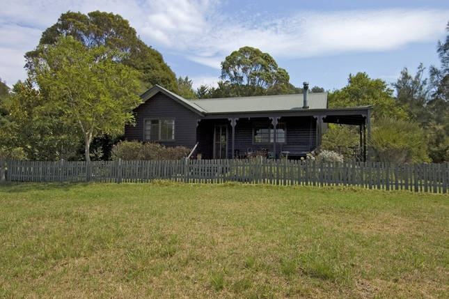Minimbah Cottages and Loft (2 separate entries on Stayz, but 60 metres apart). Kangaroo Valley. $9405 = $223 per family per night.