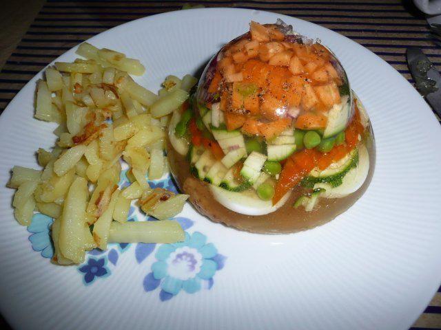 Das perfekte Sülze oder Gemüse und Hähnchen in Aspik !!-Rezept mit einfacher Schritt-für-Schritt-Anleitung: Gemüse nach eigenen Vorstellung einfüllen…