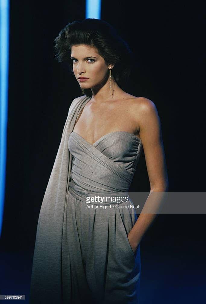 News Photo : Model Stephanie Seymour sporting coif by Sergio...