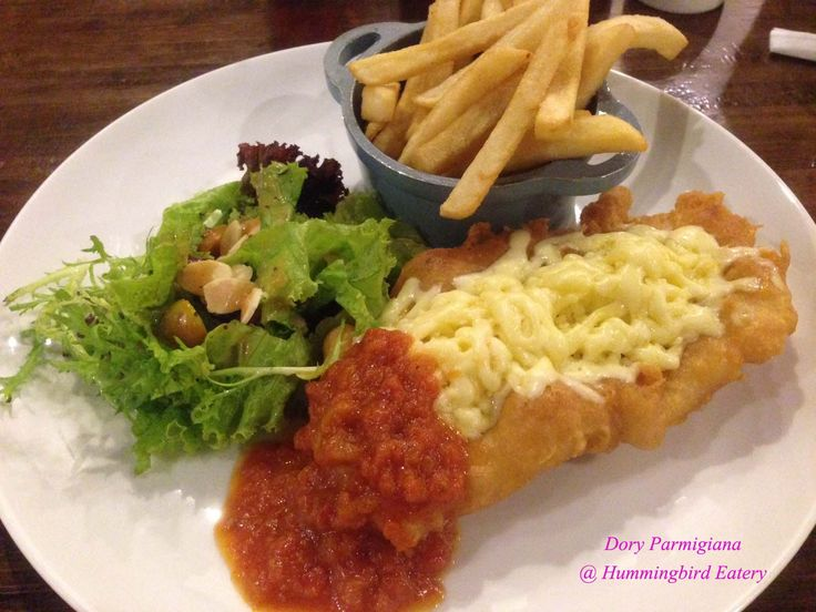 Resto : Hummingbird, Nama : Dory Parmigiana, Harga : IDR 89.500,- Served with : Fresh Salad & French Fries