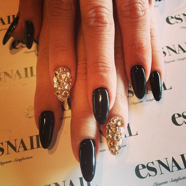 Black base w/ crystal stones nails ;)) priceone color + Art on 2Nails $80 – @esn