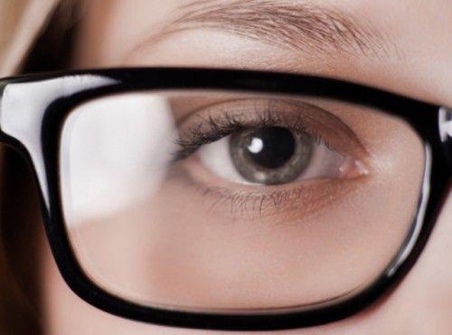 'Brillenglazen kunnen het verschil maken' - Accessoires - Mode - KnackWeekend.be