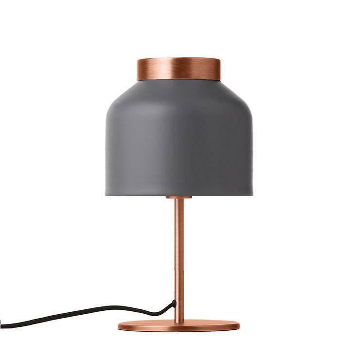 T R I C O T Table light. Designed by Venessa Eilert. Matt grey and brushed brass. Frandsen Lighting A/S.