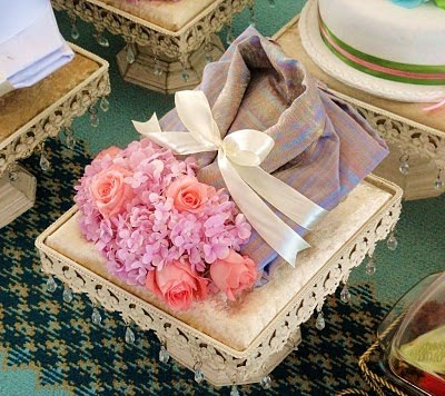 We Tell Sweet Stories: Our Lovely Kak Ayan Makes Beautiful Hantaran.