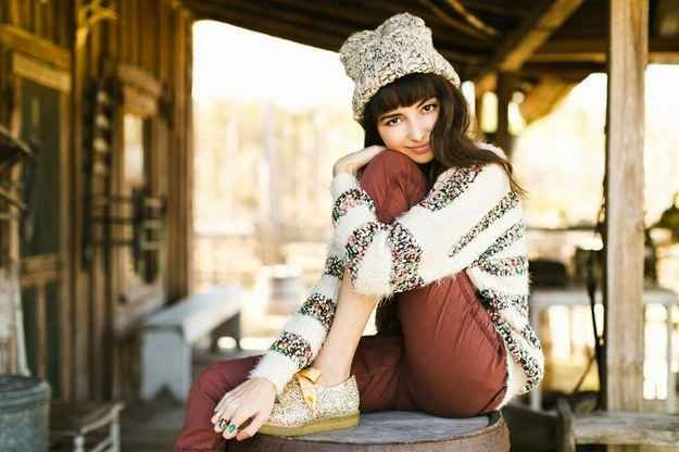 Get cozy in your coziest outfit. | 47 Brilliant Tips To Getting An Amazing Senior Portrait
