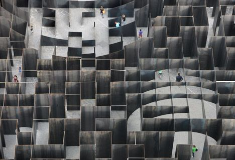 The maze structure measures 37.5 square metres and uses 186 tons of five-millimetre-thick steel plates for its walls.