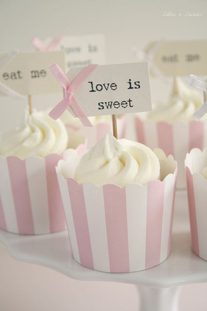 Candy stripe cupcakes
