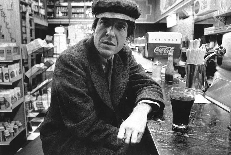 Der große Songwriter Leonard Cohen war ein Suchender, spirituell bis an sein Ende. Mit dem Judentum hat er nie gebrochen – sein Werk ist zutiefst davon geprägt.