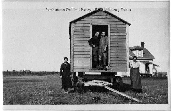 Cookhouse on wheels | saskhistoryonline.ca