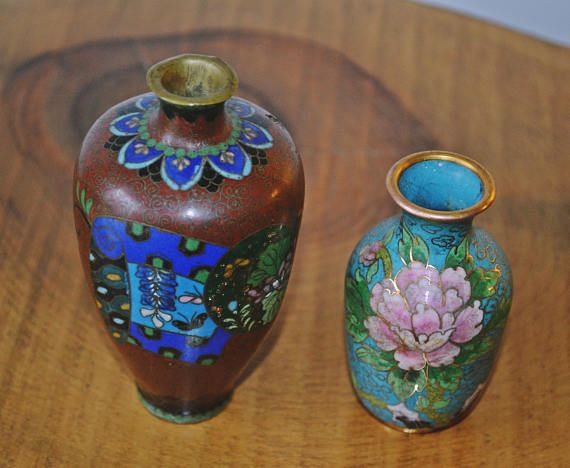 Check out this item in my Etsy shop https://www.etsy.com/ca/listing/511095840/2-antique-cloisonne-cabinet-vases