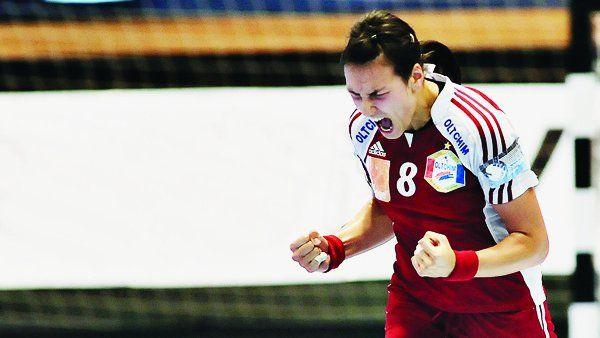 Ce a spus vedeta noastră, Cristina Neagu, după calificarea naţionalei de handbal feminin la JO - http://www.eromania.pro/ce-a-spus-vedeta-noastra-cristina-neagu-dupa-calificarea-nationalei-de-handbal-feminin-la-jo/?utm_source=Pinterest&utm_medium=neoagency&utm_campaign=eRomania%2Bfrom%2BeRomania