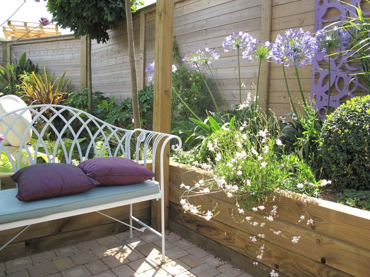 Garden Seating | Jacksons Fencing Mediterranean Memories Show Garden #garden  #design #seating #