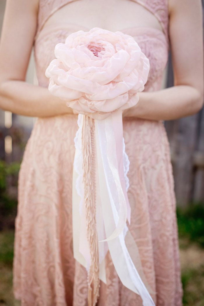 A romantic single blush fabric flower bouquet by Mlleartsy via etsy. #fabricbouquet #blush