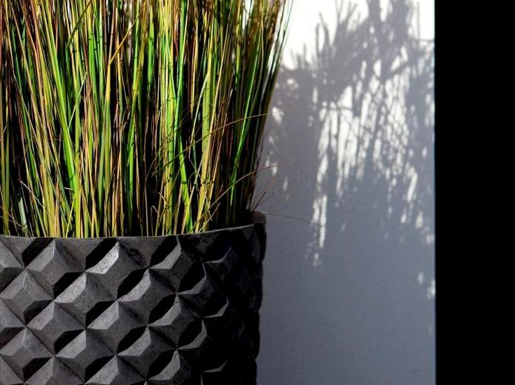 Planters Capi Europe / donice