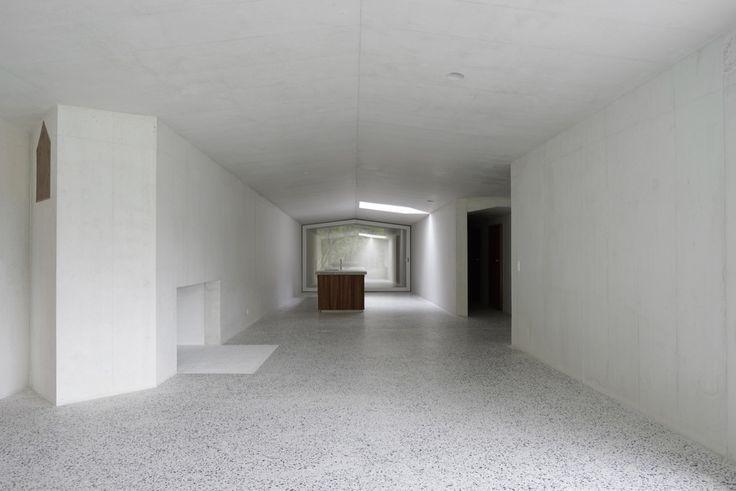 Gallery of House in Laax / Valerio Olgiati - 4