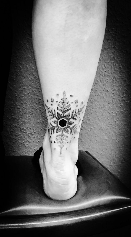 """Snowflake Tattoo dotwork blackwork Done at """"zum Fährmann"""" Tattoo Leipzig Follow me at Instagram: sandra_dot"""