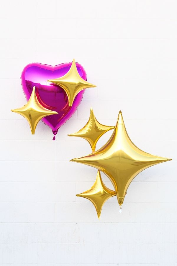 I want to incorporate these into my shoot.    DIY Emoji Heart Balloons - Studio DIY