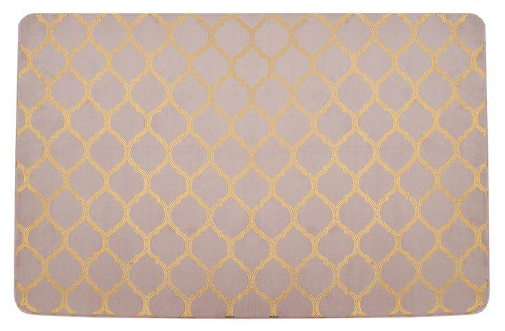 Różowy pluszowy dekoracyjny dywan we wzory 140x200