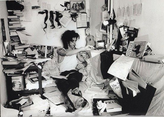 Nick Cave at the office (West Berlin, 1985), photo by Bleddyn Butcher