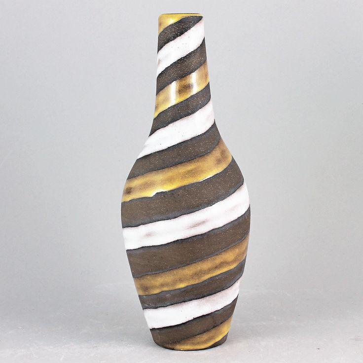Ingrid Atterberg (Spiral 1949) Amazing Twirling Vase (Medium)
