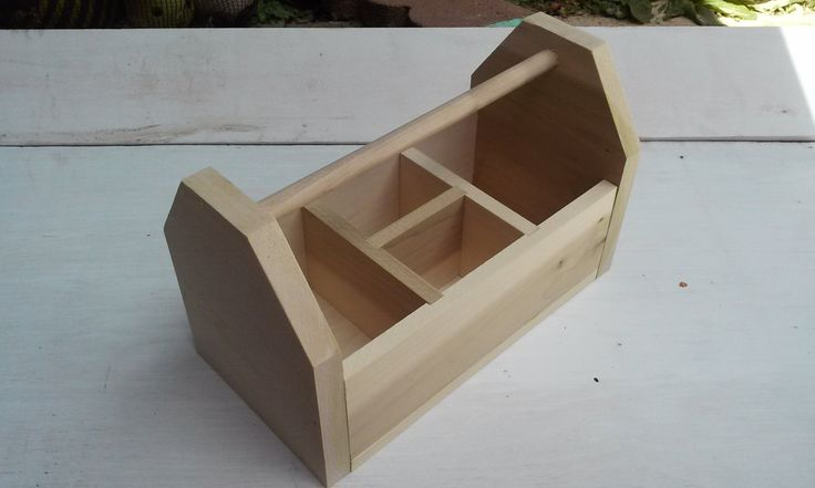 DIY Wood Tool Box Caddy  Today's plans are for one more design of planter box mason container centerpiece that I made use of for the lemonade event. The very first planter box was the square variation, this set is for a rustic device box caddy design. Given that the 4th of July is showing up, I thought I would certainly utilize it for patriotic decorations. A very easy upgrade with painted mason jars and white flowers.